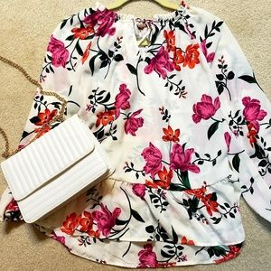 NWT Old Navy Floral Blouse Medium